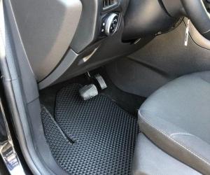 Автомобильные коврики Ford Focus III (C346) Седан (2014 - 2019) Рестайлинг